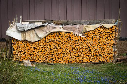 簡単な薪棚